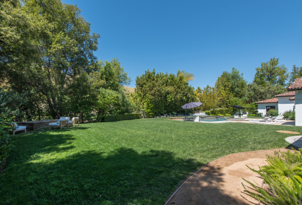 25175 JIM BRIDGER Road, Hidden Hills CA: