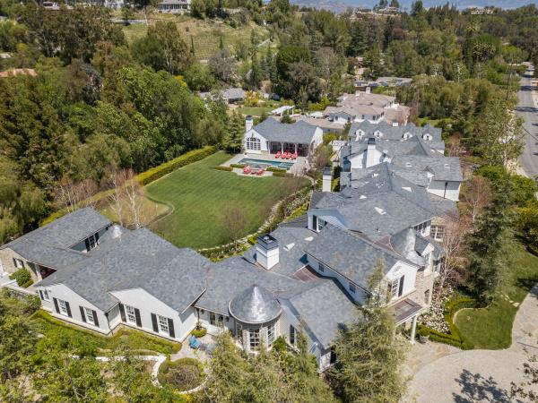 5889 JED SMITH Road, Hidden Hills CA: